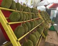 Durian Malaysia memang sedap