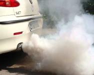 4 jenis warna asap kereta, tahukah apa sebabnya?