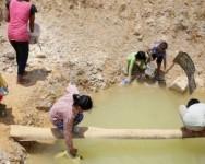 Wakaf Air Bersih kepada keluarga miskin di Kemboja